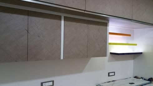 storage unit: modern Study/office by Alaya D'decor