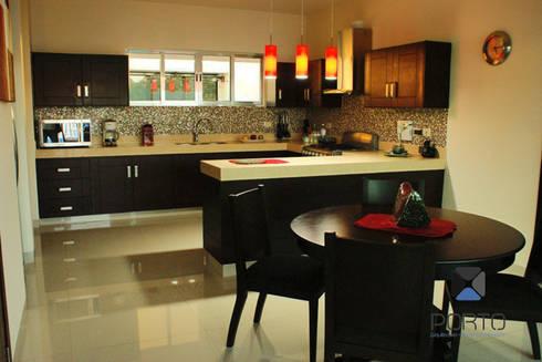proyecto residencial <q>Montebello</q>: Cocinas de estilo moderno por PORTO Arquitectura + Diseño de Interiores