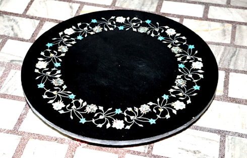 """28"""" black marble semi precious stone inlay round table top: modern Dining room by india stone"""