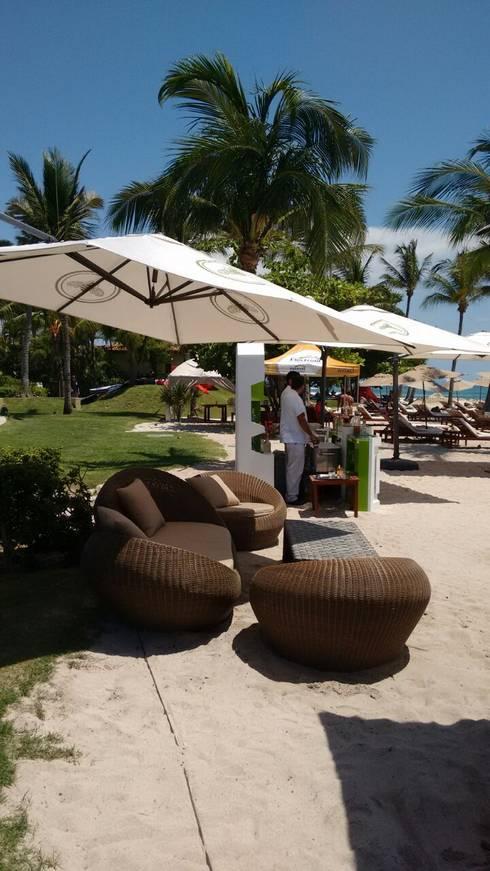 EVENTO PUNTAMITA: Hoteles de estilo  por SINDO OUTDOOR