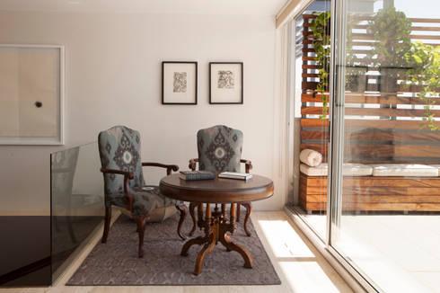 Proyecto PH Las Flores: Salas de estilo moderno por Basch Arquitectos
