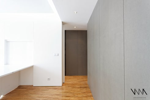 Sala: Salas de estar modernas por UMA Collective - Architecture