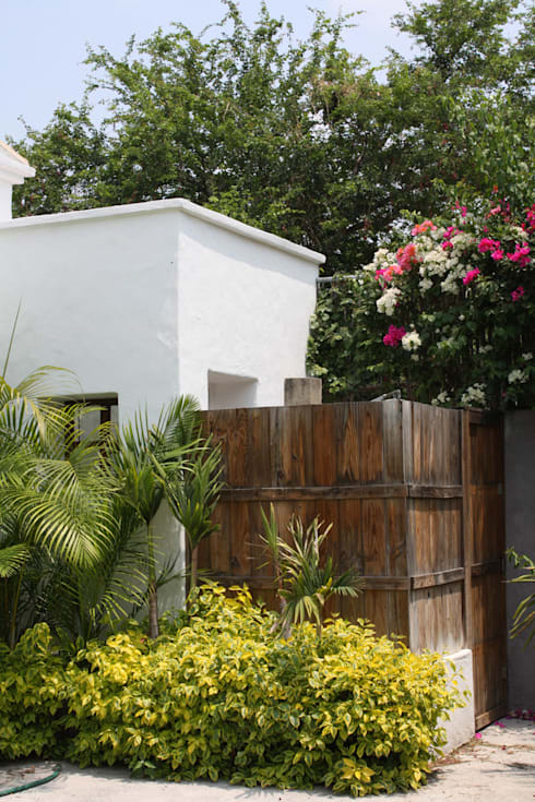 Casa Ticuman- Boué Arquitectos: Casas de estilo  por Boué Arquitectos