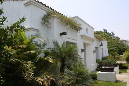 Casa Ticuman- Boué Arquitectos: Casas de estilo moderno por Boué Arquitectos