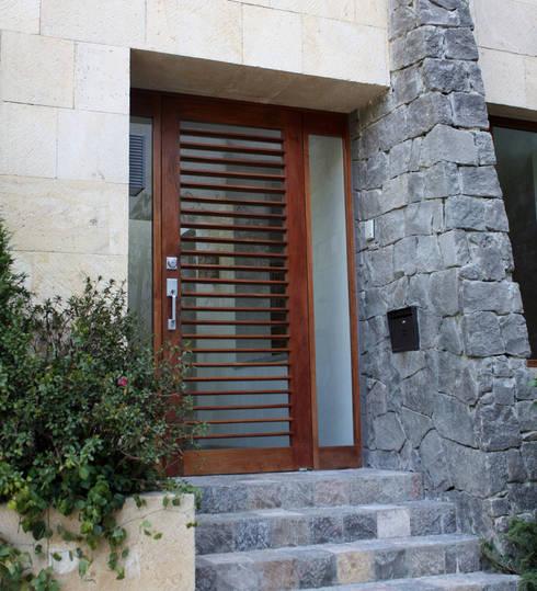 Casas de estilo  por Boué Arquitectos