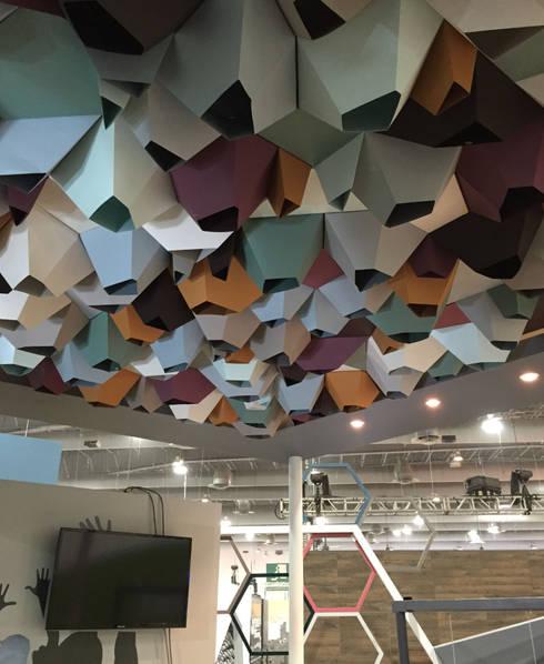 Expo CIHAC 2015: Paredes y pisos de estilo moderno por AMOATO STUDIO SA DE CV