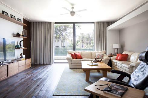 Estancia Familiar: Salas de estilo moderno por WRKSHP arquitectura/urbanismo