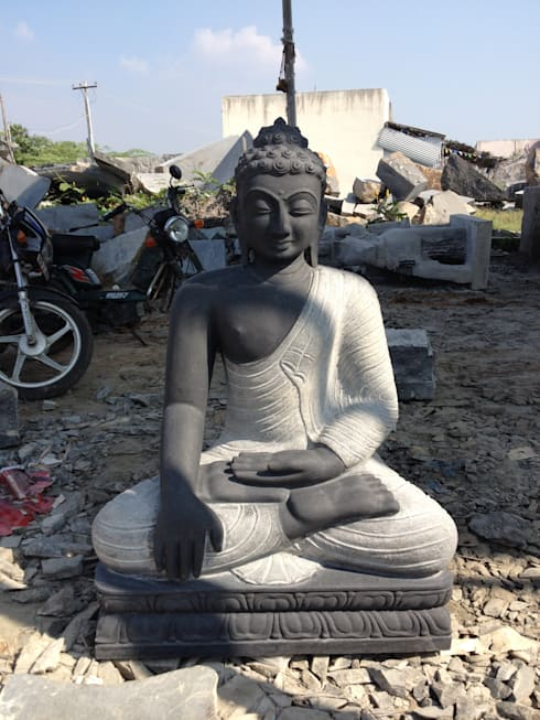 Gautama Buddha Statue in Black Stone​:  Artwork by LuckyBlue Exim Trader Private Limited