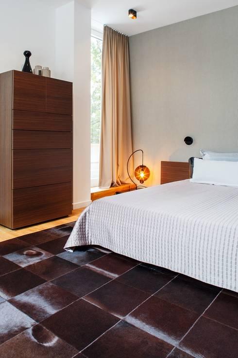 mit diesen einrichtungstipps wird dein schlafzimmer zur ruheoase. Black Bedroom Furniture Sets. Home Design Ideas