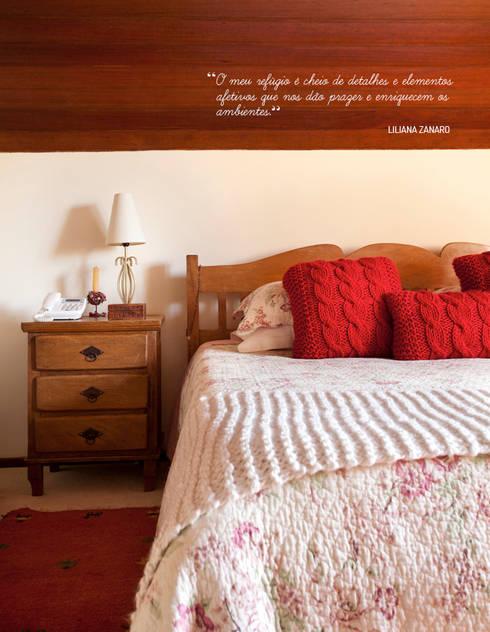Uma charmosa casa de campo: Quarto  por Casa de Valentina