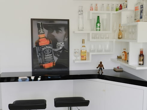 bar: Adegas minimalistas por ANE DE CONTO  arq. + interiores