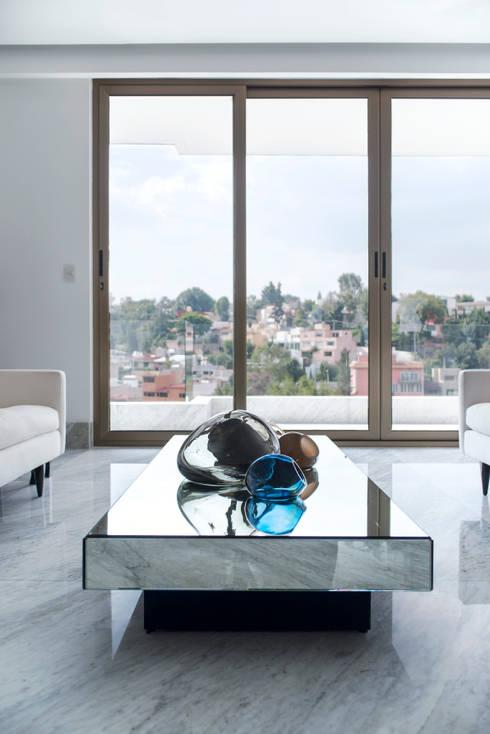 Stonez: Salas de estilo moderno por Studio Orfeo Quagliata