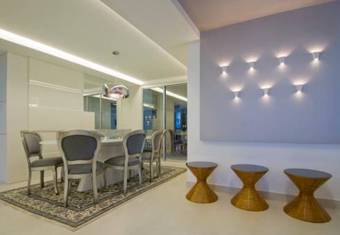 APto 160m: Salas de jantar clássicas por Allysandra Delmas - Arquitetura e Interiores