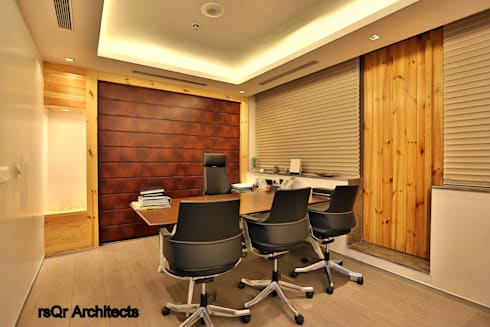 Lares & Penates Office Fitout Gurgaon by RsQr Architects:  Commercial Spaces by rsQr Architects