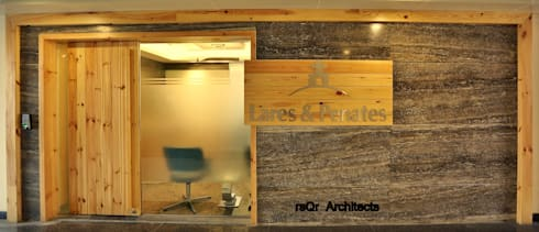 Lares & Penates Office Fitout Gurgaon by RsQr Architects:  Office buildings by rsQr Architects
