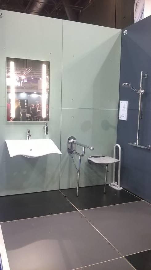 Batimat: Salle de bain de style de style Moderne par GC Aménagement Intérieur