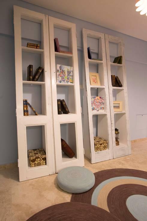 Estudios y oficinas de estilo moderno por Ines Calamante Diseño de Interiores