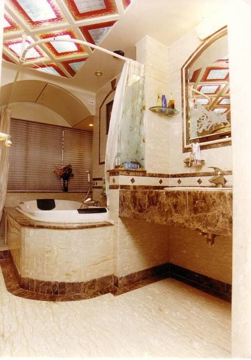 Apartment: modern Bathroom by NAMAN INTERIORS - Turnkey Interior Contractors