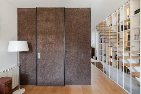 Casa Cedofeita: Salas de estar modernas por Floret Arquitectura