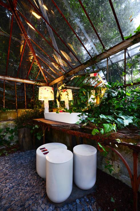 Casa Porto: Casa de banho  por ACTUAL SOLUCÕES