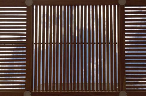 FOTOGRAFÍA INTERIOR HACIA LA MARQUESINA:  de estilo  por ALSE Taller de Arquitectura y Diseño