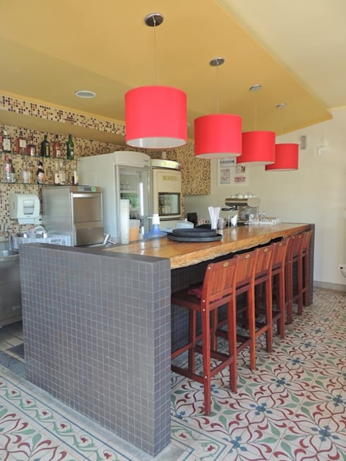 Restaurante Boiabá - Churrascaria Al Carte: Espaços gastronômicos  por Atmosfera Arquitetura Sociedade Ltda