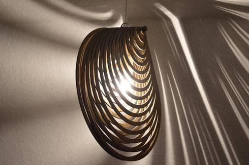 Hochwertiger Lampenschirm aus Holz \