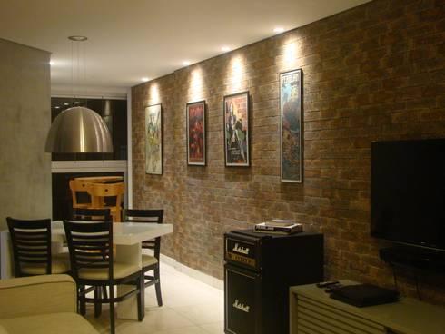 Iluminação de destaque: Salas de jantar minimalistas por juliana lana e oziel alvernaz