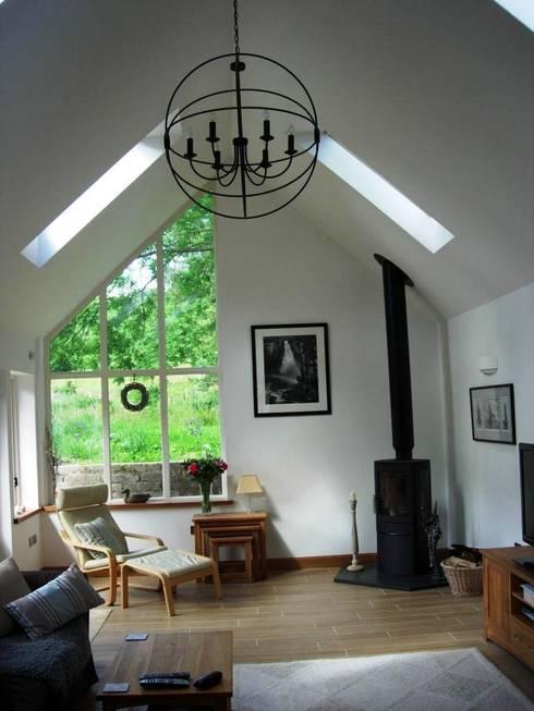 Гостиная в . Автор – Roundhouse Architecture Ltd