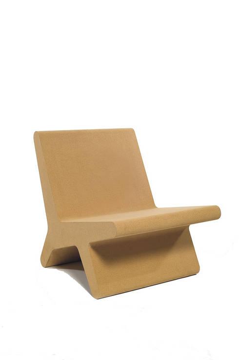 Cadeira Corqui: Casa  por Atelier Pedro Silva Dias