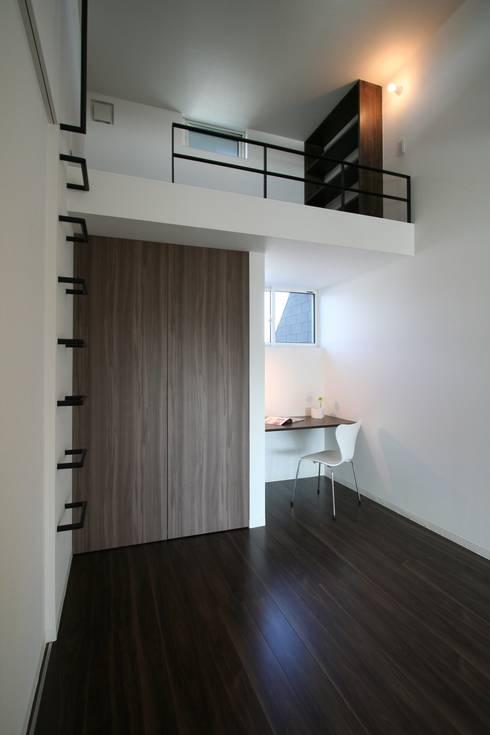 T-house: クコラボ一級建築士事務所が手掛けた子供部屋です。