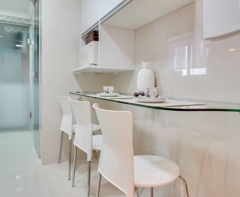 Cozinha: Cozinhas modernas por Patricia Vertuan
