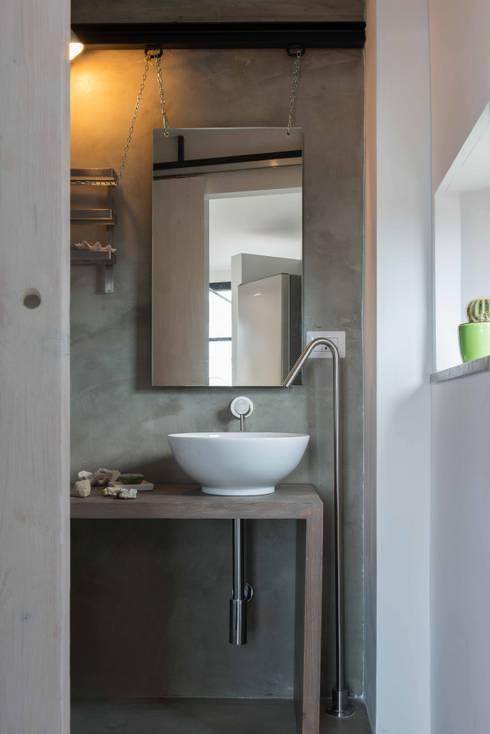 industriële Badkamer door architetto Lorella Casola