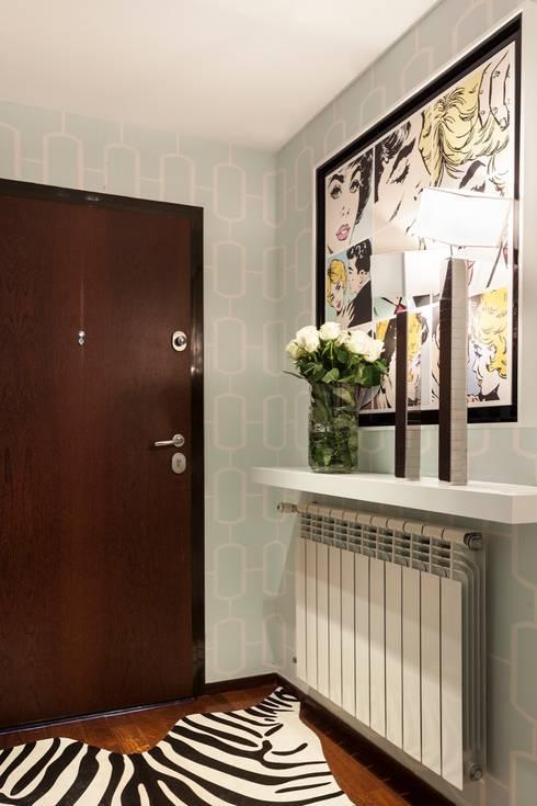 PORTO . INTERDESIGN: Casa  por Interdesign Interiores