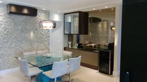 Sala de Jantar: Salas de jantar modernas por Caroline Lima Arquitetura