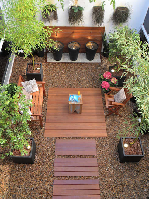 Vista  aérea do Jardim de Inverno: Jardins de inverno modernos por Eduardo Luppi Paisagismo Ltda.