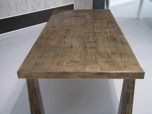 Le resine di archinterni homify - Rivestimento tavolo ...