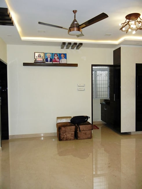 3BHK apartment: modern Living room by Interiors By Suniti