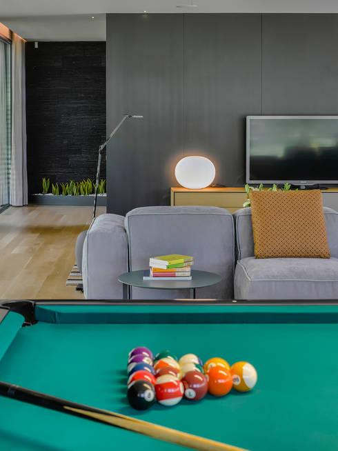 Salon de style de style Moderne par INAIN Interior Design