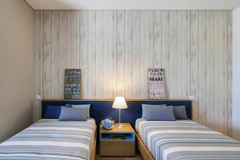 AM 2014 – Fão: Quartos modernos por INAIN Interior Design