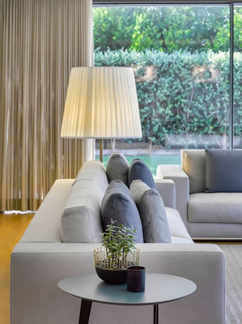 غرفة المعيشة تنفيذ INAIN Interior Design