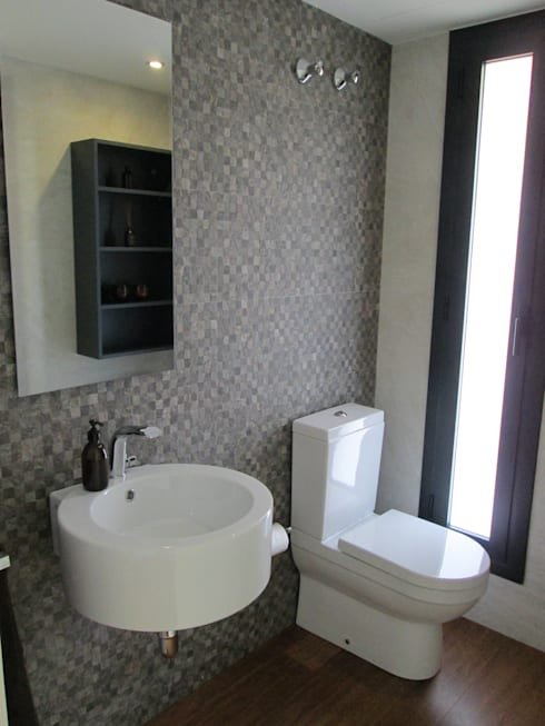 Baños de estilo moderno por Marc Pérez Interiorismo