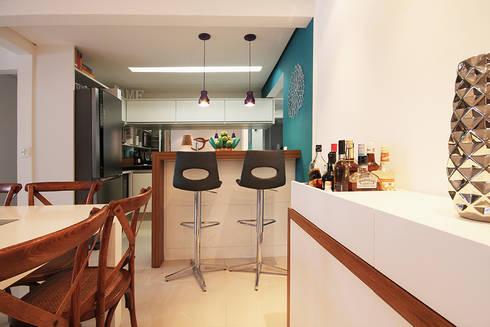 Apartamento Moema: Salas de jantar modernas por Officina44