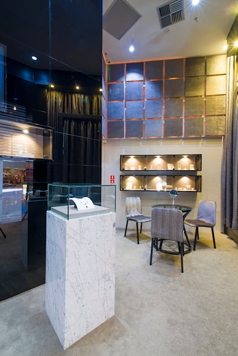 Joalheria Gonçalves: Lojas e imóveis comerciais  por Andréa Carvalho Arquitetos Associados