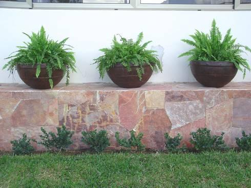 Jardines con maceteros y m s by ecoentorno paisajismo for Paisajismo urbano