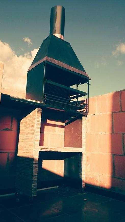 BBQ.: Balcones y terrazas de estilo  por MVP arquitectos