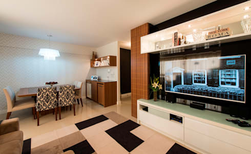 Apartamento Centro – Florianópolis: Sala de estar  por Cristine V. Angelo Boing e Fernanda Carlin da Silva