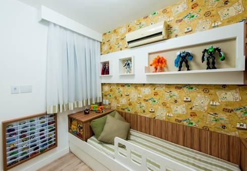 Apartamento Centro – Florianópolis: Quarto de crianças  por Cristine V. Angelo Boing e Fernanda Carlin da Silva