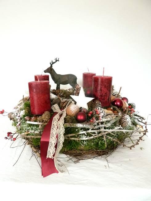 adventskranz weihnachtsdeko kranz von perla s. Black Bedroom Furniture Sets. Home Design Ideas