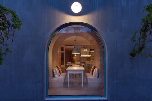 Luz Charming Houses _ Boutique Hotel: Salas de jantar campestres por SegmentoPonto4